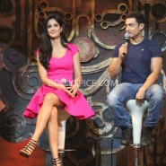 13nov_dhoom3launch-36