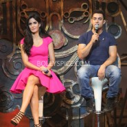 13nov dhoom3launch 46 185x185 Aamir and Katrina launch Dhoom 3 title song