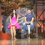 13nov dhoom3launch 50 185x185 Aamir and Katrina launch Dhoom 3 title song