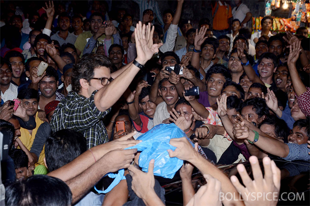 13nov krrish 01 Krrish surprises fans at Gaiety