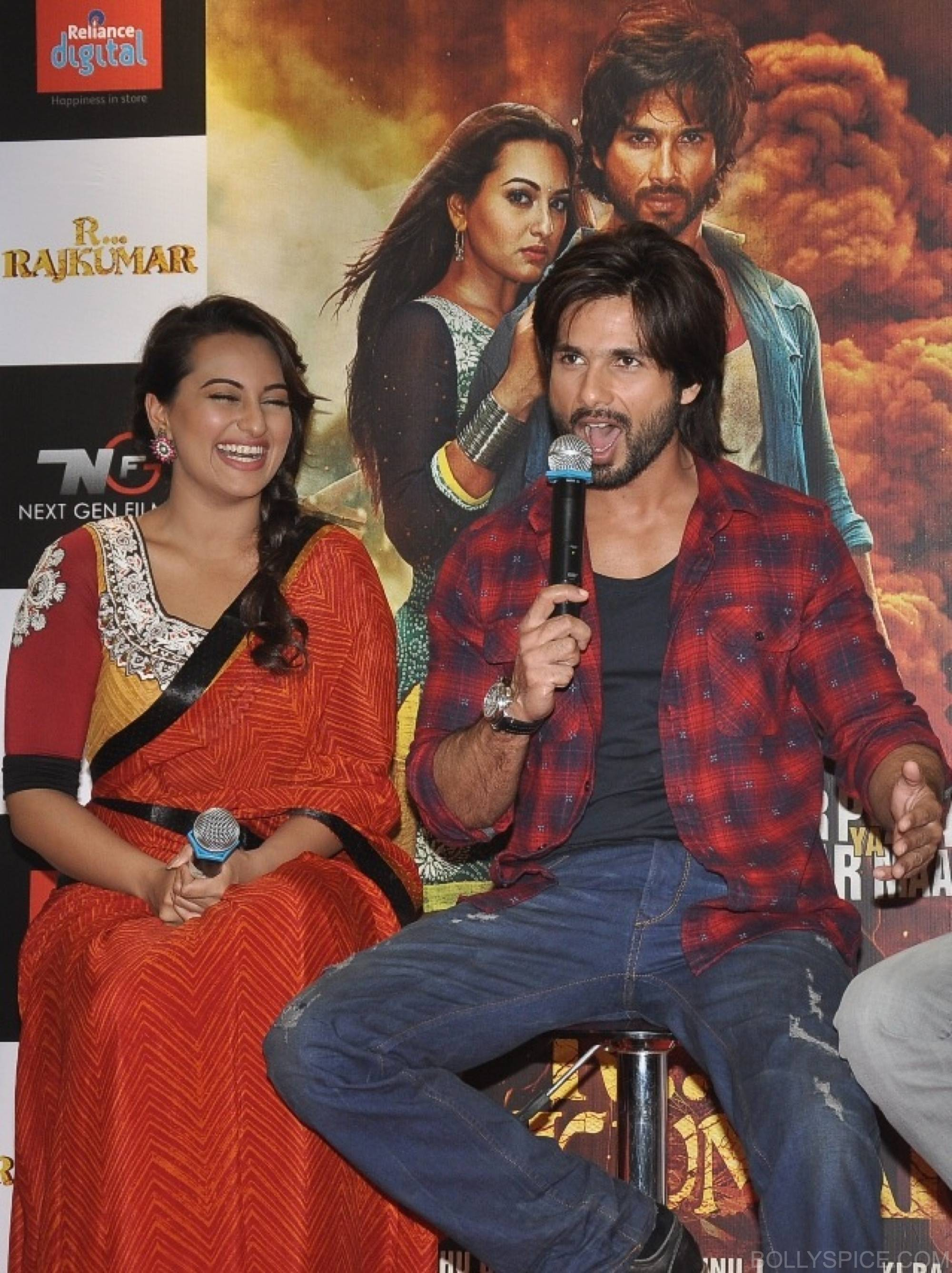 R...Rajkumar custom comic launch 8 R...Rajkumar presents India's first Custom Comic