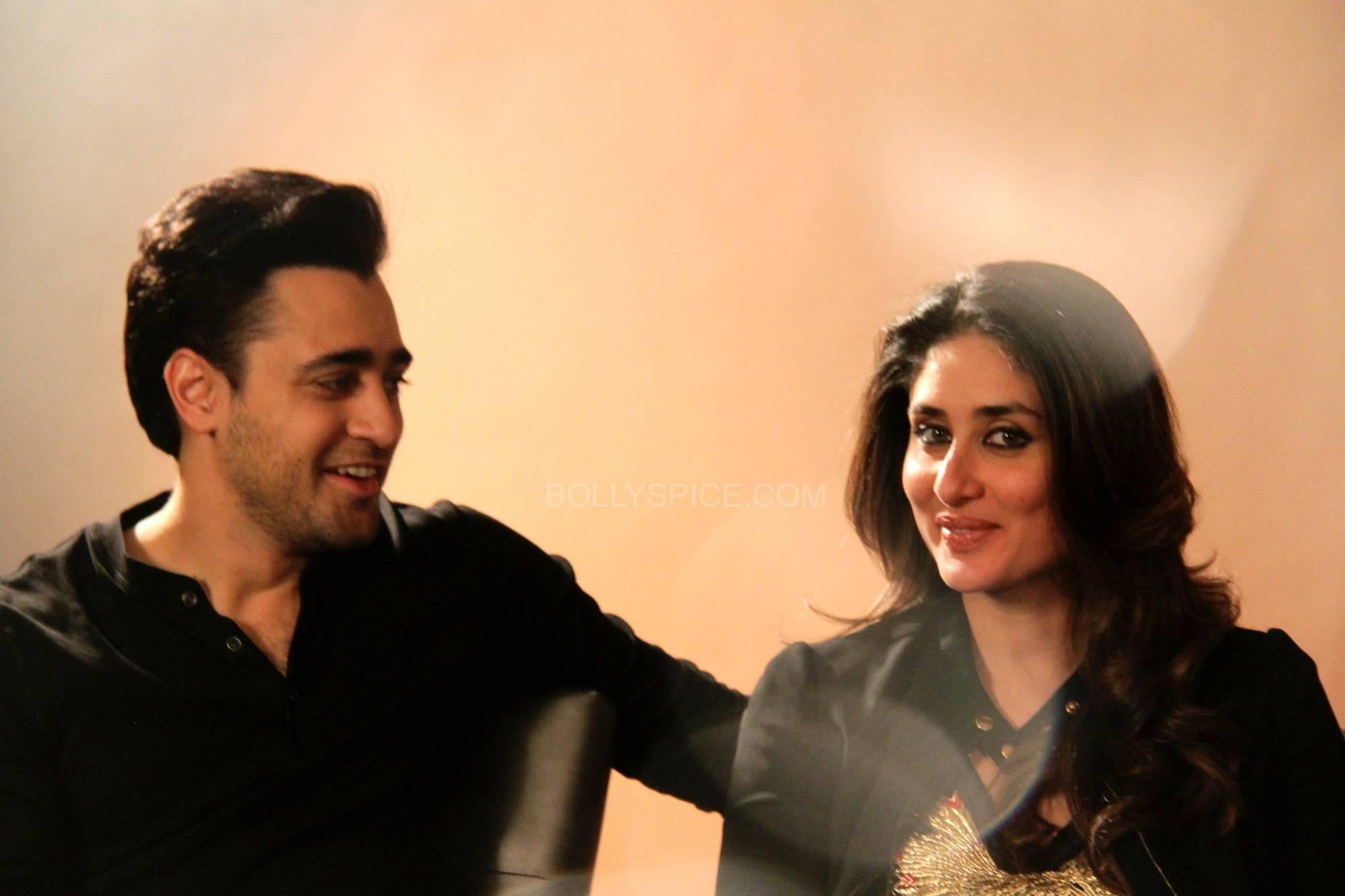 "imrankareenagtpmlondon1 ""If I had my own way I would tell everybody don't see any other movie this year apart from this""   Kareena and Imran talk Gori Tere Pyaar Mein"