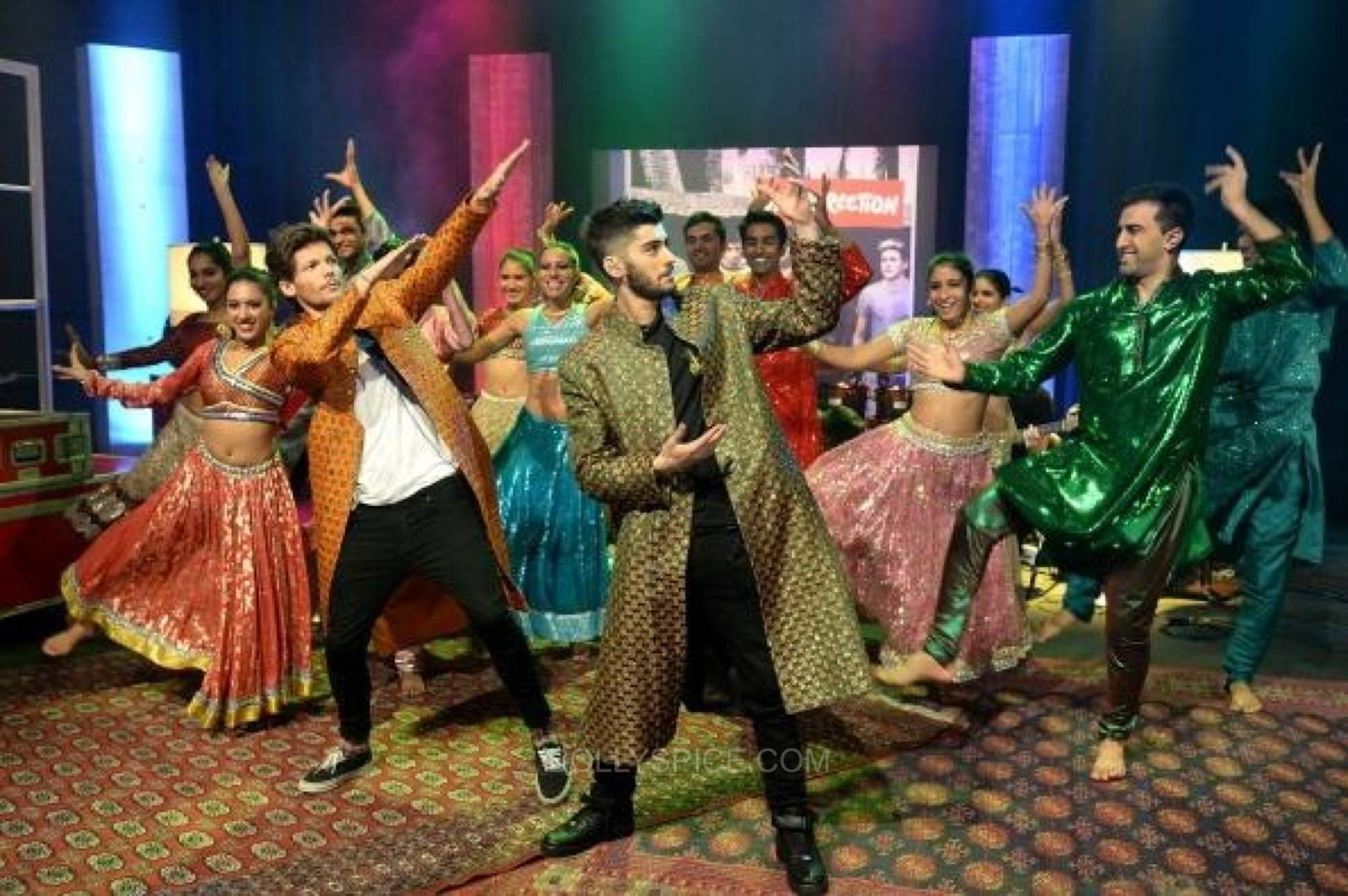 onedirectionndmbollywood1 One Direction Goes Bollywood for 1D Day Special