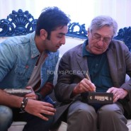 robertdeniroanupamkheractorpreparesvisit27 185x185 Hollywood Screen Legend Robert De Niros Special Visit to Anupam Khers Actor Prepares