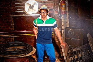 13dec HrithikRoshan HRx 300x200 Hrithik Roshan to launch new clothing brand HRx   Push Your Extreme