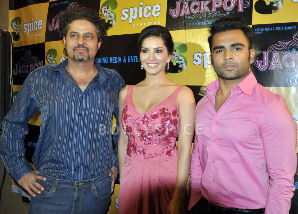 13dec JackpotPressConf01 Jackpot press conference held at Spice World Mall Noida