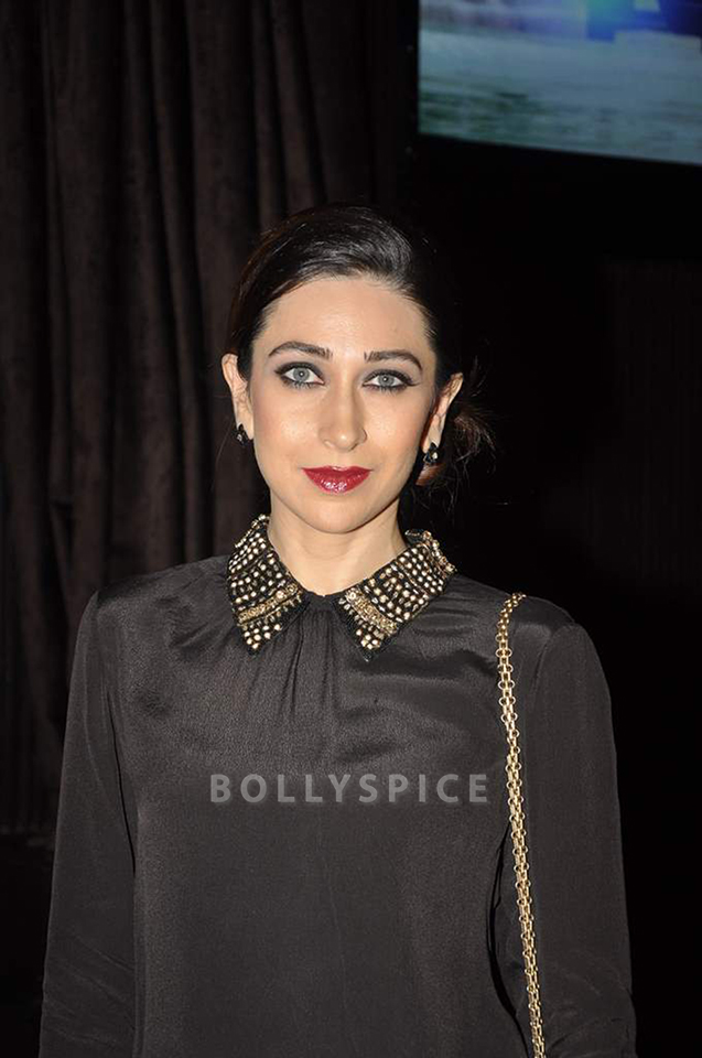 13dec Karisma KPKMusicLaunch03 Karisma Kapoor joins cast and crew at music launch of Karle Pyar Karle
