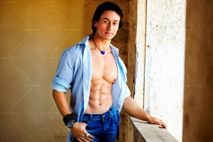 13dec Tiger Heropanti 300x200 Sajid Nadiadwalas Heropanti shoot commences in Mumbai
