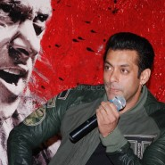 salmankhanjaiholuanch4 185x185 Jai Ho Theatrical Trailer plus photos and video from the cool launch event!