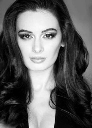14jan EvelynSharma01 Evelyn Sharma talks Bollywood, YJHD,  Yaariyan and more in this exclusive interview!