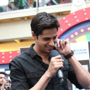 14jan HTP MnG19 185x185 Sidharth and Parineeti at Hasee Toh Phasee Meet and Greet