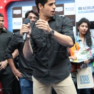 14jan HTP MnG51 185x185 Sidharth and Parineeti at Hasee Toh Phasee Meet and Greet