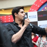 14jan HTP MnG66 185x185 Sidharth and Parineeti at Hasee Toh Phasee Meet and Greet