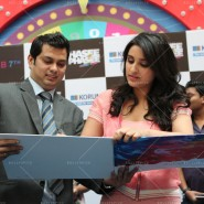 14jan HTP MnG75 185x185 Sidharth and Parineeti at Hasee Toh Phasee Meet and Greet