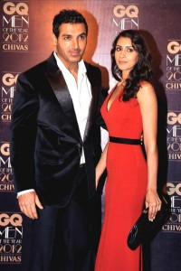 14jan JohnPriyaAbraham 200x300 John Abraham got married!