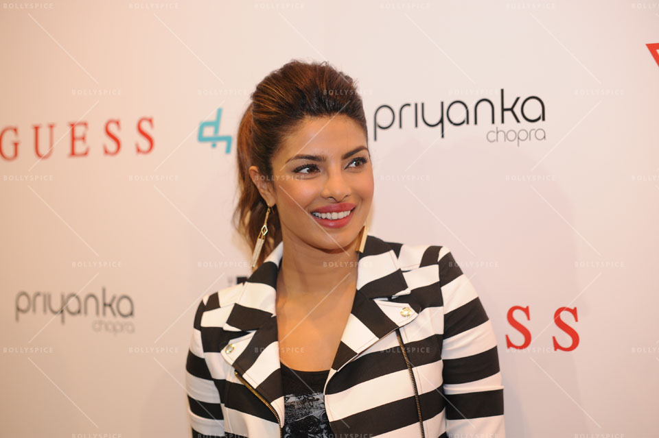 14jan Preview PriyankaGUESS02 Sneak Peek: Priyanka Chopra at GUESS store in London
