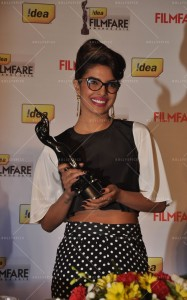 14jan Priyanka PressConFilmfare05 187x300 Special Report: 59th Filmfare Awards Press Conference with Priyanka Chopra