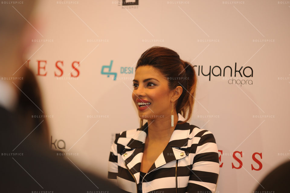 14jan PriyankaGUESS02 Priyanka Chopra meets fans at a GUESS store in London