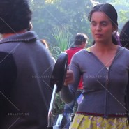 14jan Queen OnSet02 185x185 Kangana is Queen