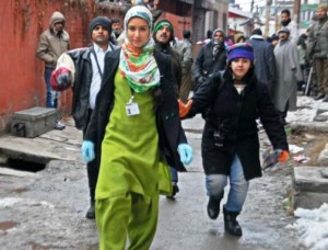 14jan ShraddhaKapoor Haider 300x228 On the sets of Haider: Shraddha Kapoor's first look!