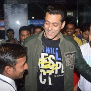 14jan TeamJaiHo Sholay3D24 185x185 IN PICTURES: Team Jai Ho watch Sholay 3D at PVR, Juhu