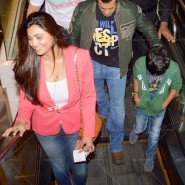 14jan TeamJaiHo Sholay3D27 185x185 IN PICTURES: Team Jai Ho watch Sholay 3D at PVR, Juhu