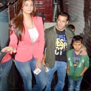 14jan TeamJaiHo Sholay3D29 185x185 IN PICTURES: Team Jai Ho watch Sholay 3D at PVR, Juhu
