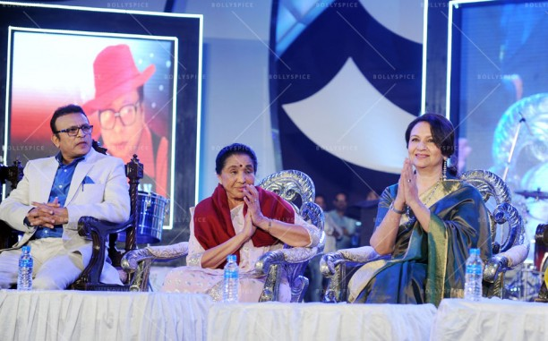 14jan UtsavKolkata03 612x381 Asha Bhosle, Annu Kapoor & Sharmila Tagore had given tribute to R.D.Burman in Kolkata