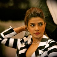 14jan pc guess 09 185x185 Special Report: Priyanka Chopra launches new single in London