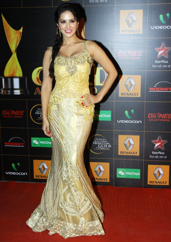 14jan whwn StarGuild19 Whos Hot Whos Not: Star Guild Awards