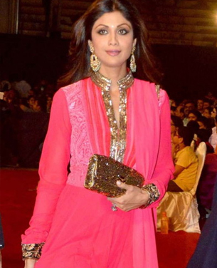 14jan whwnpoliceshow shilpa Whos Hot Whos Not: Umang Police Show 2014