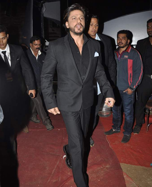 14jan whwnpoliceshow srk Whos Hot Whos Not: Umang Police Show 2014