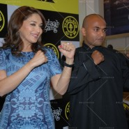 14feb AltheaShah GoldsGym MadhuriDixit03 185x185 Madhuri Dixit gives tips to women on getting fit and strong
