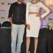 14feb FilmfareCoverDeepikaFarhan02 185x185 Special Report: Farhan Akhtar and Deepika Padukone unveil the special Filmfare issue
