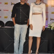 14feb FilmfareCoverDeepikaFarhan03 185x185 Special Report: Farhan Akhtar and Deepika Padukone unveil the special Filmfare issue