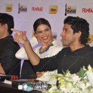 14feb FilmfareCoverDeepikaFarhan30 185x185 Special Report: Farhan Akhtar and Deepika Padukone unveil the special Filmfare issue