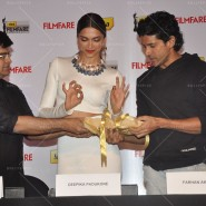 14feb FilmfareCoverDeepikaFarhan35 185x185 Special Report: Farhan Akhtar and Deepika Padukone unveil the special Filmfare issue