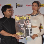 14feb FilmfareCoverDeepikaFarhan48 185x185 Special Report: Farhan Akhtar and Deepika Padukone unveil the special Filmfare issue