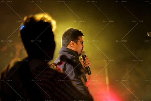 14feb QueenMusicLaunch01 612x408 Amit Trivedi enthralls the audience at Queen's music launch