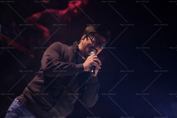 14feb QueenMusicLaunch02 612x408 Amit Trivedi enthralls the audience at Queen's music launch