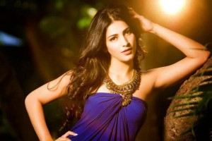 14feb ShrutiHaasan 300x200 Shruti Haasan takes legal action against D Day Producers