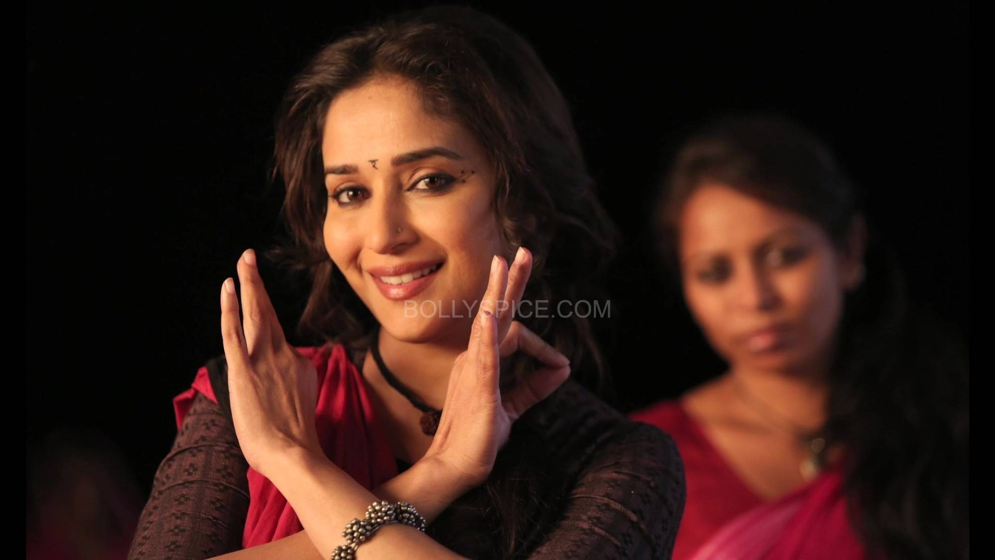 dheemidheemigulaabgang3 The magic of Madhuri in Dheemi Dheemi   Gulaab Gang