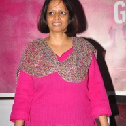 gulaabigangdoctrailer2 185x185 Gulabi Gang   The Documentary Releasing February 21st