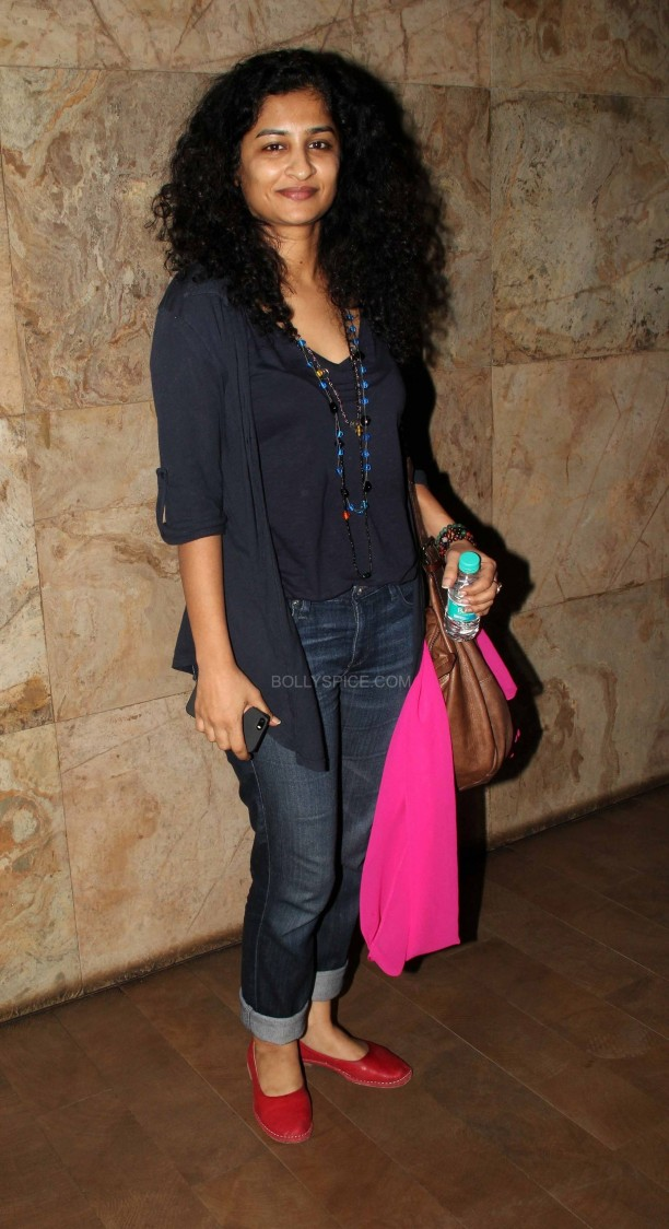 kiranraodocumentary6 612x1124 Kiran Rao Hosts Special Screening of Gulabi Gang Documentary