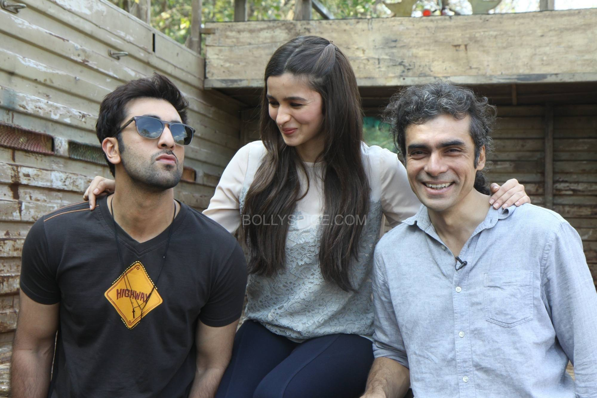 ranbirhighway2 Ranbir Interviews Alia and Imtiaz in a special for Highway