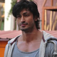 vidyutjamwalselfdefense1 e1392209778968 185x185 Special Event: Vidyut Jamwal teaching Self defense to college girls