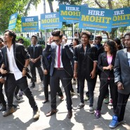 14mar AyushmannBewakoofiyaanFlashMob04 185x185 Ayushmann Khurana performs in a flash mob