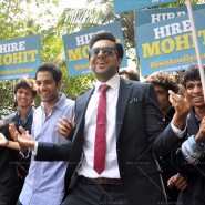 14mar AyushmannBewakoofiyaanFlashMob07 185x185 Ayushmann Khurana performs in a flash mob