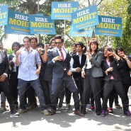 14mar AyushmannBewakoofiyaanFlashMob13 185x185 Ayushmann Khurana performs in a flash mob