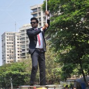 14mar AyushmannBewakoofiyaanFlashMob19 185x185 Ayushmann Khurana performs in a flash mob